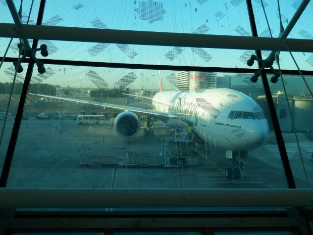 EMIRATES BOEING 777-300ER: READY FOR BOARDING