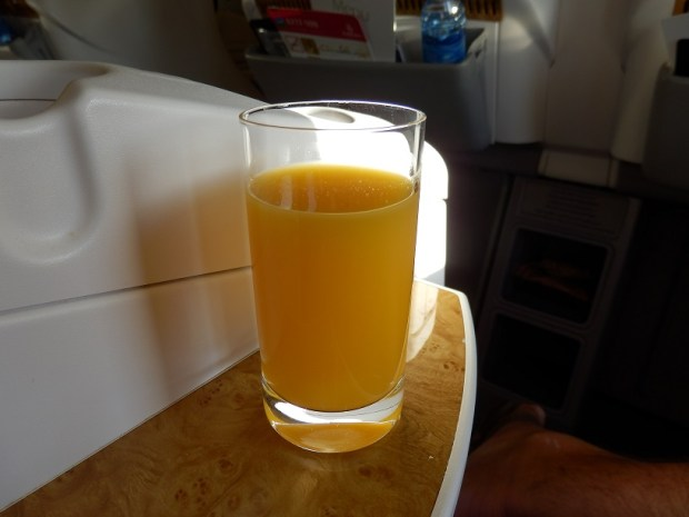 BEFORE TAKE-OFF: FRESH ORANGE JUICE