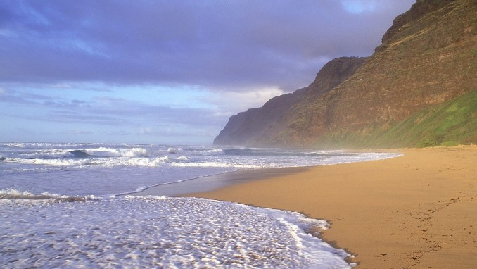 POLIHALE BEACH, HAWAII, USA