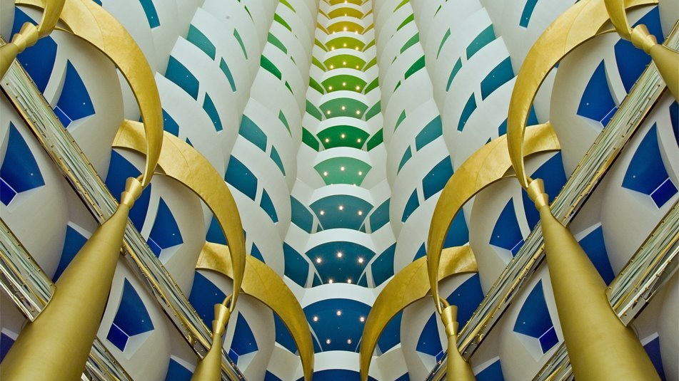 Top 10 most amazing hotel lobbies in the world the for Top 10 most luxurious hotels in dubai