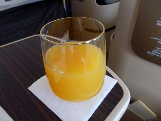 ABU DHABI TO MALE: FRESH ORANGE JUICE AFTER TAKE-OFF