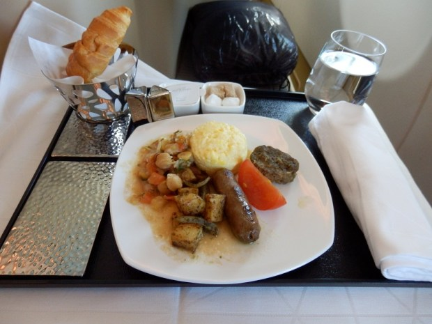 ABU DHABI TO MALE: ARABIC BREAKFAST