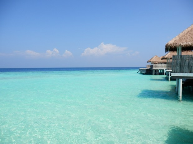OVERWATER SUITE NR 410: VIEW FROM PRIVATE POOL DECK