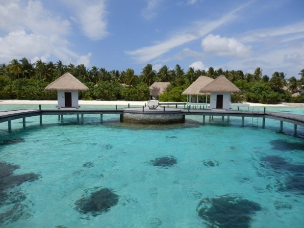 COMO SHAMBHALA SPA: OVERWATER TREATMENT ROOMS