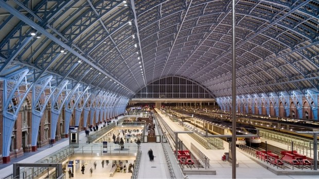 ST PANCRAS INTERNATIONAL STATION, LONDON, UK