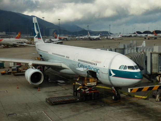 CATHAY PACIFIC AIRBUS A330-300 (AFTER LANDING IN HONG KONG)