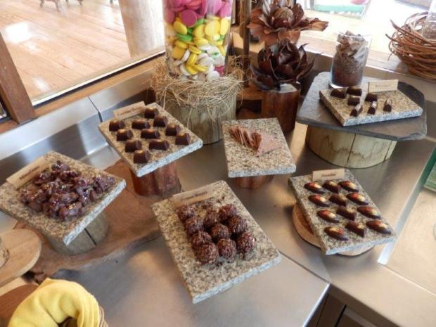 CHOCOLATE PARLOUR