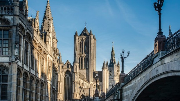 EXPLORE THE VIBRANT CITY OF GHENT
