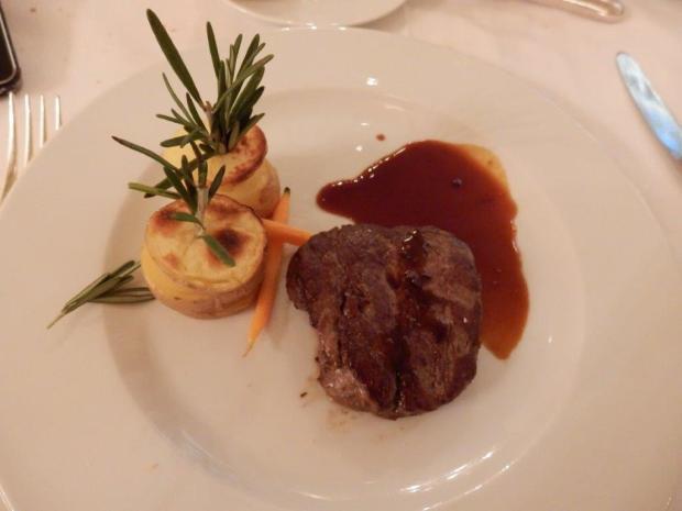 LA ROTONDA RESTAURANT: DINNER