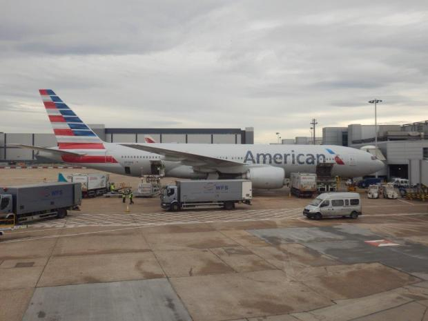 ANOTHER AA B777 AT LHR