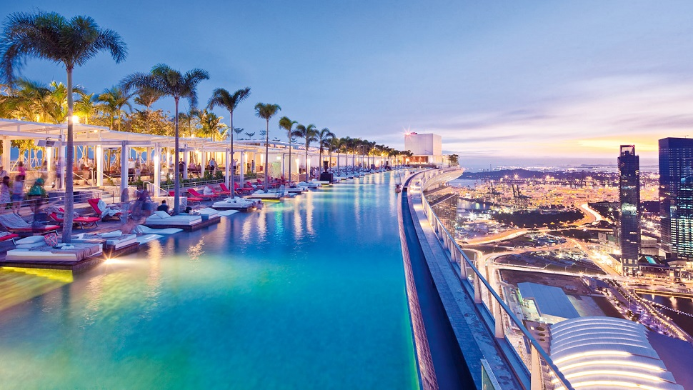 Top 10: luxury hotel swimming pools with stunning views - the Luxury ...