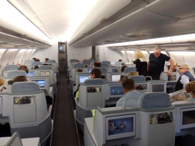 BUSINESS CLASS CABIN AFTER TAKEOFF