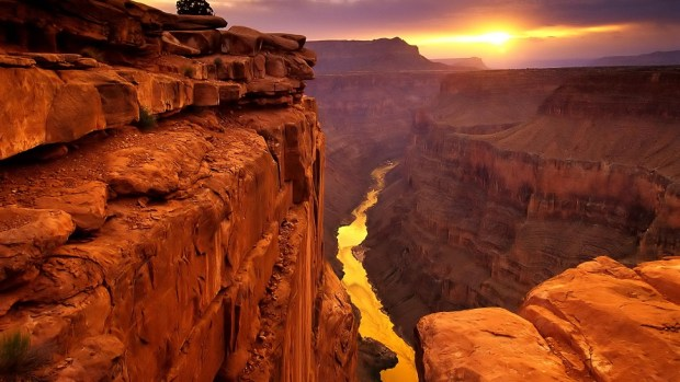 WIN A TRIP TO THE GRAND CANYON