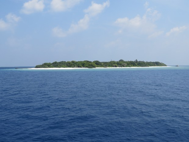 VIEW FROM YACHT ON SONEVA IN AQUA