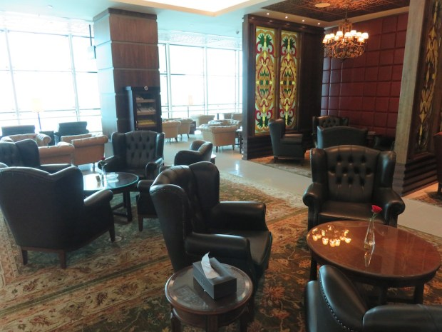 FIRST CLASS LOUNGE: CIGAR ROOM