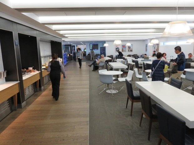 BRITISH AIRWAYS LOUNGE AT HEATHROW T3