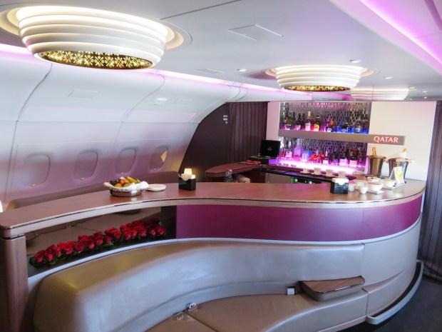 QATAR AIRWAYS - ONBOARD BAR