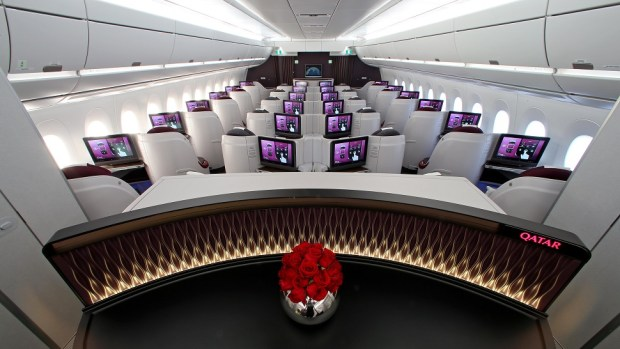 FLYING BUSINESS CLASS IN QATAR AIRWAYS' A350