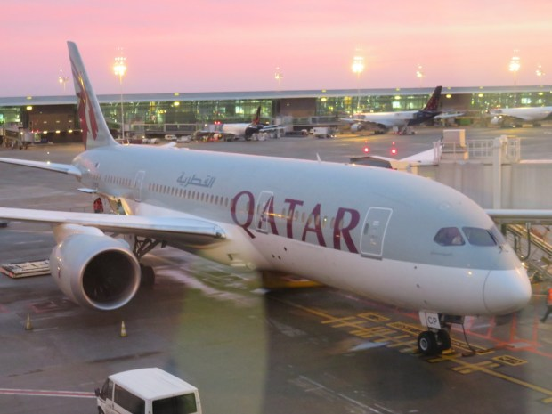 QATAR AIRWAYS B787 DREAMLINER