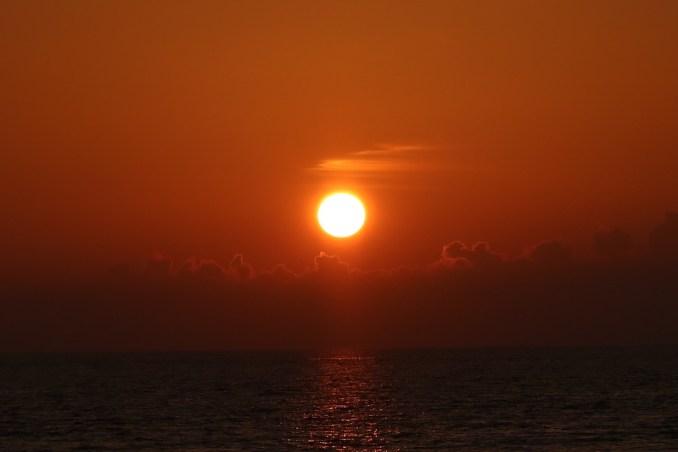 SUNSET JETTY & BAR(A)BARA