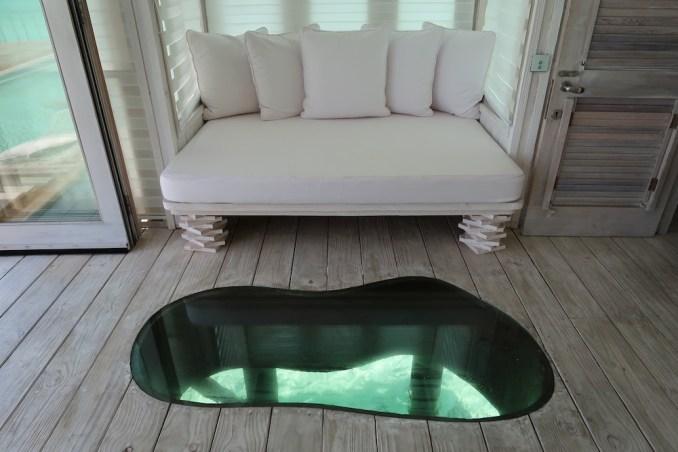 ONE BEDROOM WATER RETREAT: LIVING AREA
