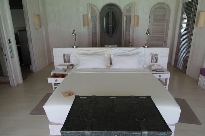 ONE BEDROOM WATER RETREAT: MASTER BEDROOM