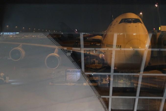 THAI BOEING 747-400 AT BANGKOK AIRPORT