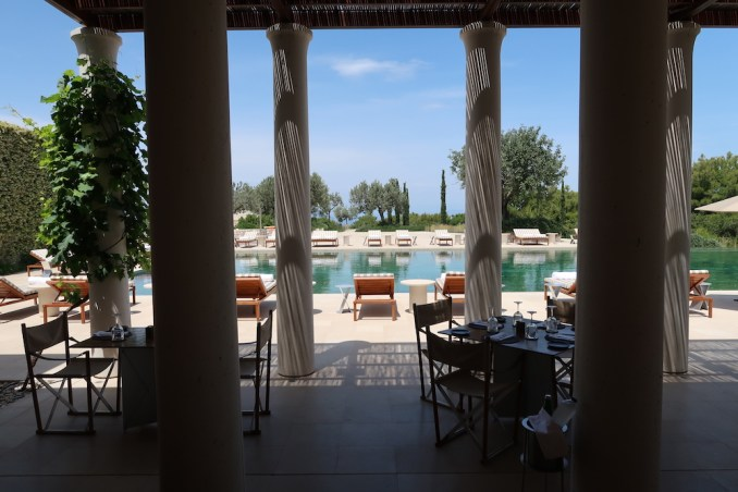 AMANZOE MAIN POOL: RESTAURANT