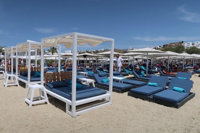 ORNOS BAY MYKONOS: BEACH CLUB