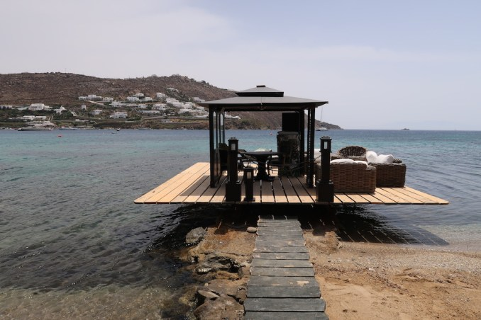 KIVOTOS MYKONOS: PRIVATE BEACH