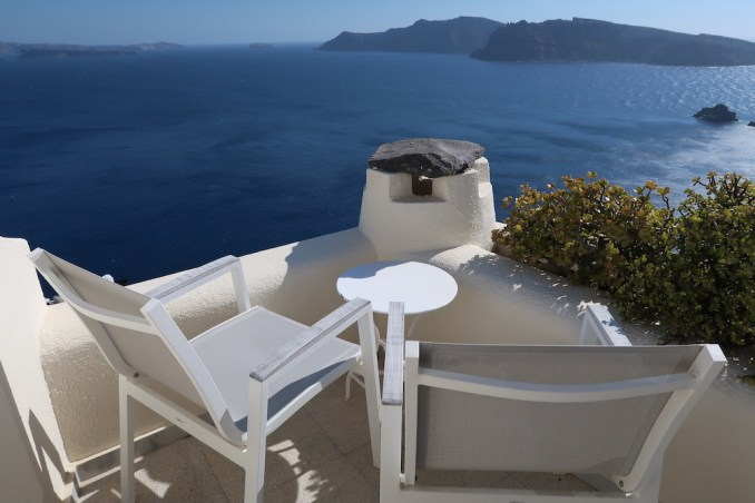 CANAVES OIA SUITES: SUPERIOR SUITE - LOFT TERRACE