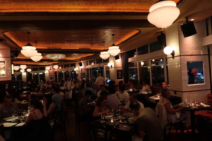 MARINA BAY SANDS: SANDS SKYPARK - DINNER AT LAVO RESTAURANT