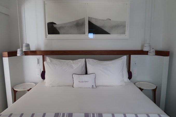GRACE SANTORINI: SUPERIOR SUITE - BEDROOM