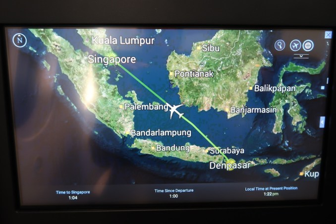 SINGAPORE AIRLINES B787: INFLIGHT ENTERTAINMENT