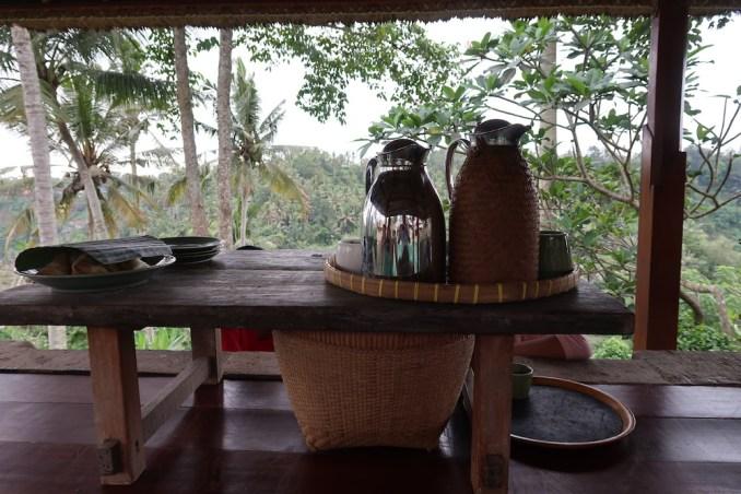 AMANDARI: AFTERNOON TEA
