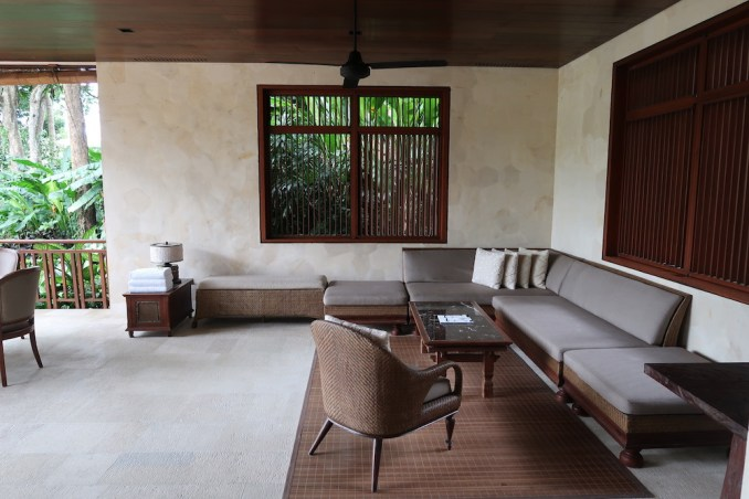 FOUR SEASONS SAYAN: ONE BEDROOM VILLA - LIVING AREA