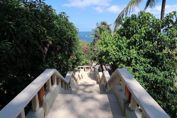 AMANKILA: WALKWAYS TO SUITES