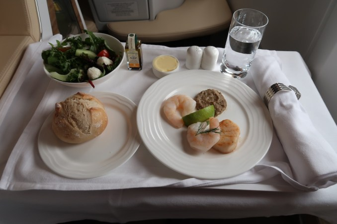 EMIRATES B777 BUSINESS CLASS DINNER