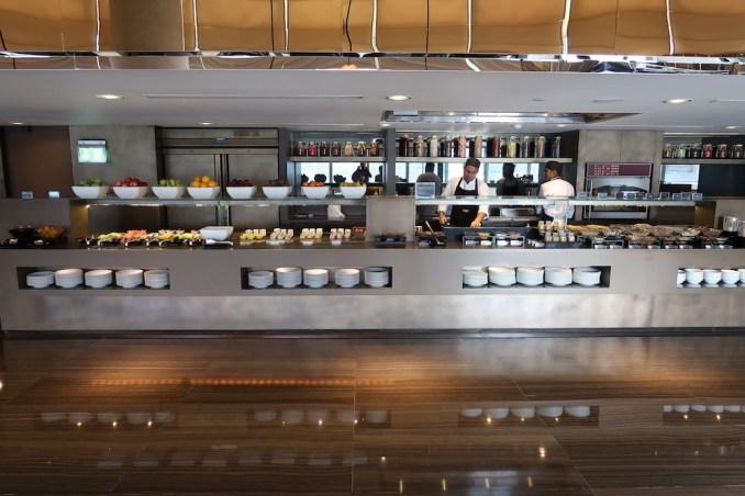 ARMANI HOTEL DUBAI: BREAKFAST BUFFET