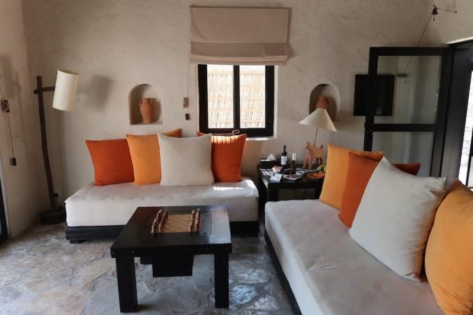 SIX SENSES ZIGHY BAY: SPA POOL VILLA - LIVING ROOM