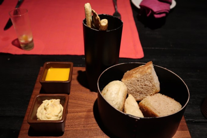 SIX SENSES ZIGHY BAY: DINNER AT SUMMER HOUSE