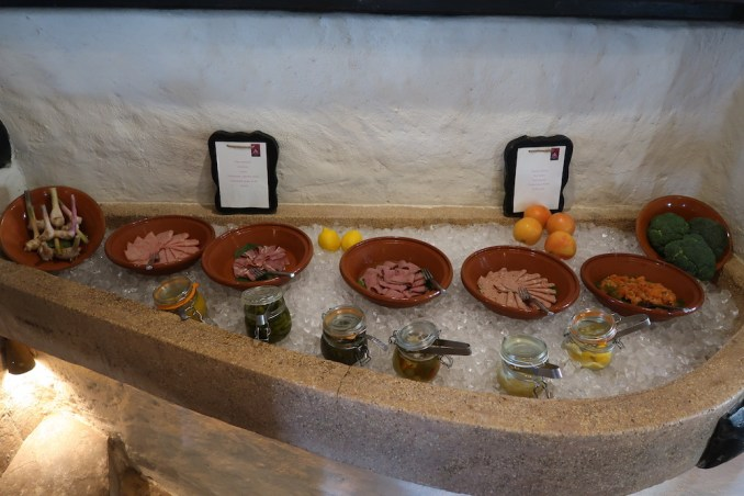 SIX SENSES ZIGHY BAY: BREAKFAST AT SPICE MARKET