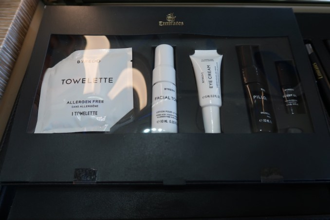 EMIRATES B777 FIRST CLASS: INSPIRATION KIT