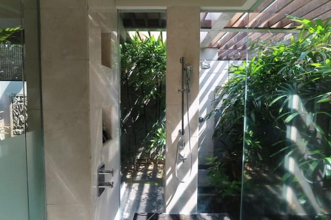 BANYAN TREE UNGASAN: OCEAN VIEW VILLA - BATHROOM