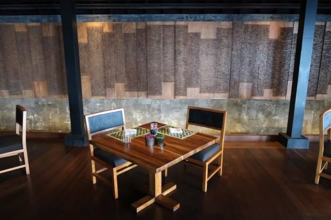 BULGARI BALI: SANGKAR RESTAURANT (INDOOR DINING ROOM)