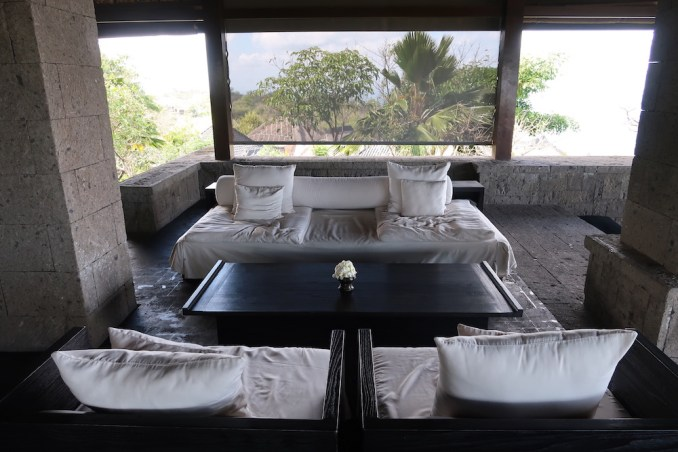 BULGARI BALI: WELCOME PAVILION