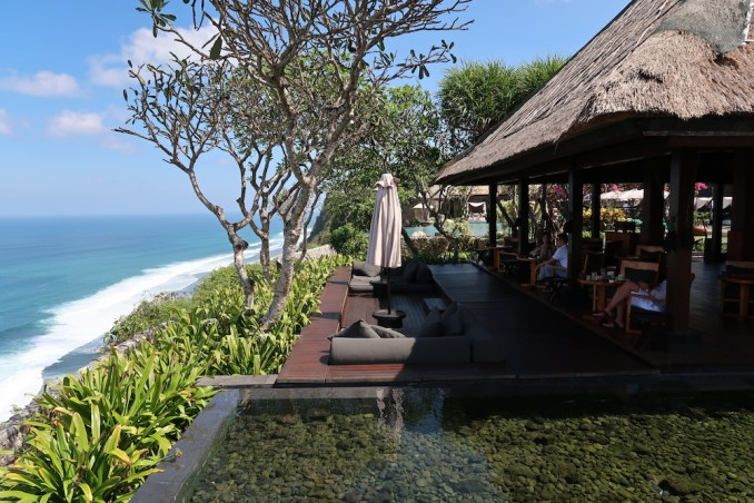 BULGARI BALI: IL BAR (VIEW)