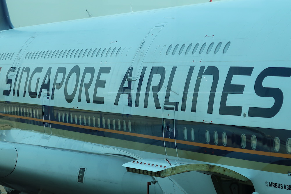 Review: Singapore Airlines A380 Business Class - Singapore ...