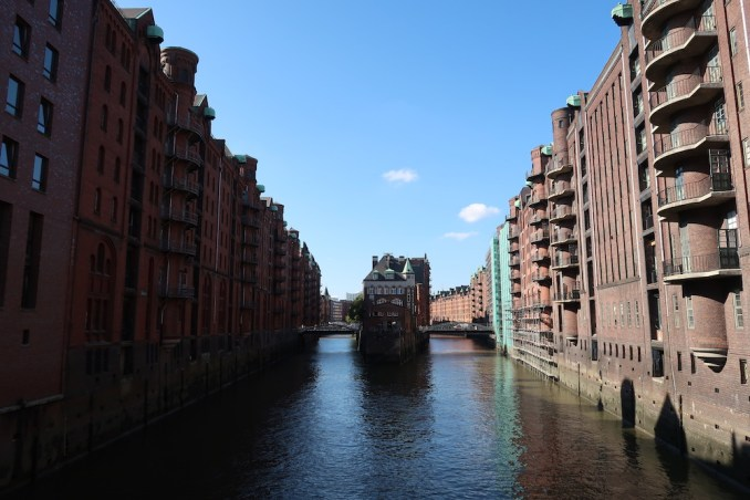 HAMBURG: SIGHTSEEING