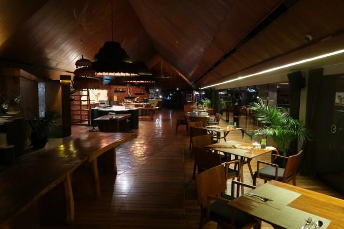 ANANTARA ULUWATU: DINNER AT 360 ROOFTOP RESTAURANT